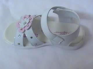 Girls White Sandals w/Flower LNA TODDLER Sz 2