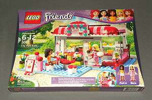 NEW Girls LEGO Friends Set 3061 City Park Cafe w Andrea & Marie