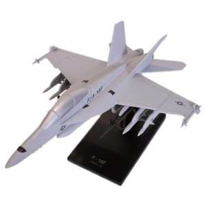 F/A 18F Super Hornet   1/48 scale model Toys & Games