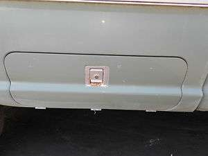 1970 FORD F100 F250 PICKUP TRUCK BED TOOL BOX ASSY 70 71 72