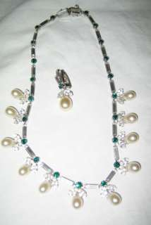 VINTAGE green white rhinestone choker necklace pearl